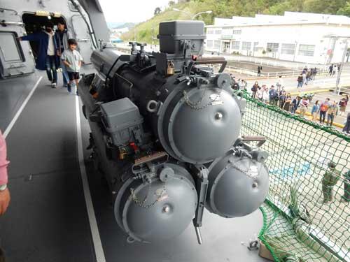 水上発射管(HOS-302)